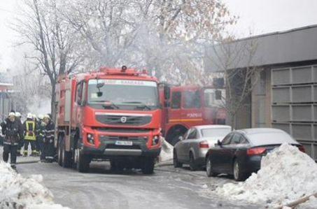 pompieri club Incendiul de la Bamboo a fost stins, in sfarsit. Pompierii raman, insa, in zona