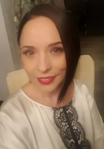 15123404 1463582380336024 1630170978011409520 o andreea 349x500 S a oficializat divortul: Andreea Marin, din nou o femeie libera
