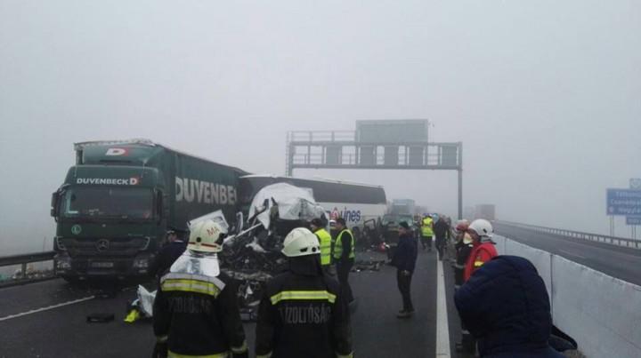 16640723 729633853864955 8107481629433136973 n autocar 720x403 Autocar romanesc, accident in Ungaria: morti si raniti