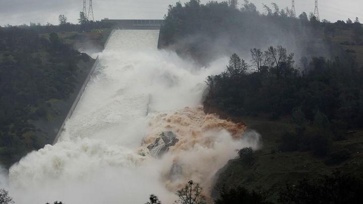1747747 1280x720 Se rupe cel mai inalt baraj din SUA!