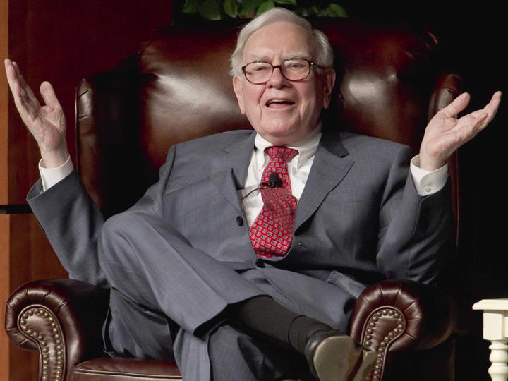 6 hustles warren buffett used to make 53000 by age 16 Fiica lui Warren Buffett a aflat, la 22 de ani, ca tatal ei e miliardar