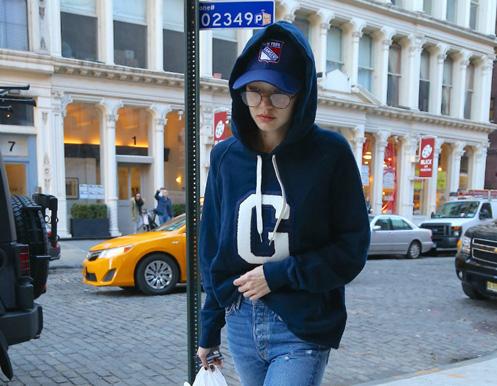Gigi Hadid 1 Tomboy, ultima moda a supervedetelor