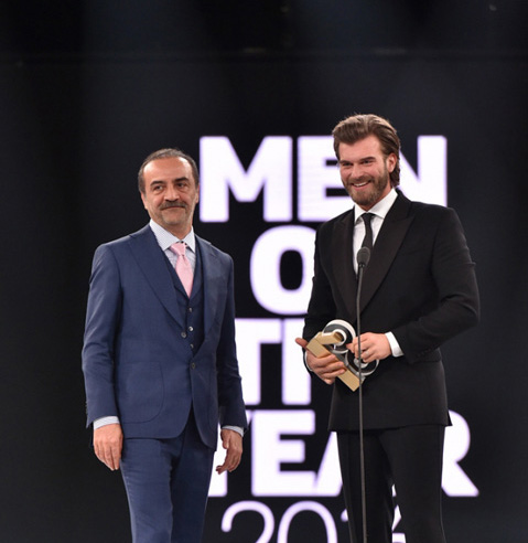 "Kivanc Tatlitug1 Actorii turci, senzatie la premiile ""GQ"""