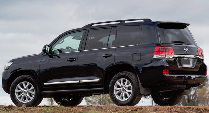 Toyota Land Cruiser 200 rear Jeep urile premierului, scoase la licitatie!
