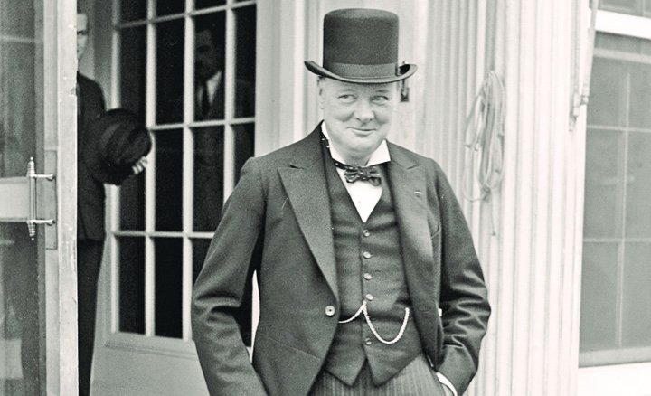 Winston Churchill  OZN uri in palarie: Churchill era interesat de extraterestrii