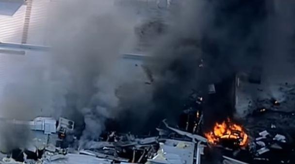 accid Avion cazut peste un centru comercial australian: cinci morti (VIDEO)