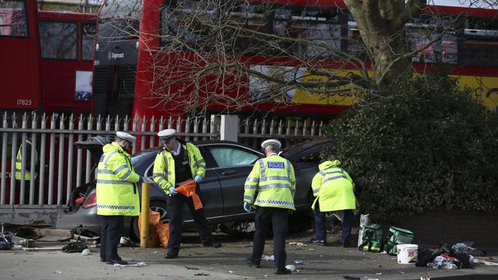 anglia Cinci romani raniti in incidentul din Londra