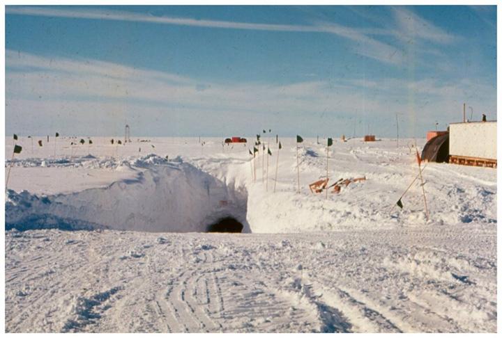 baza 7 Baza ultrasecreta a SUA sub gheturile Groenlandei
