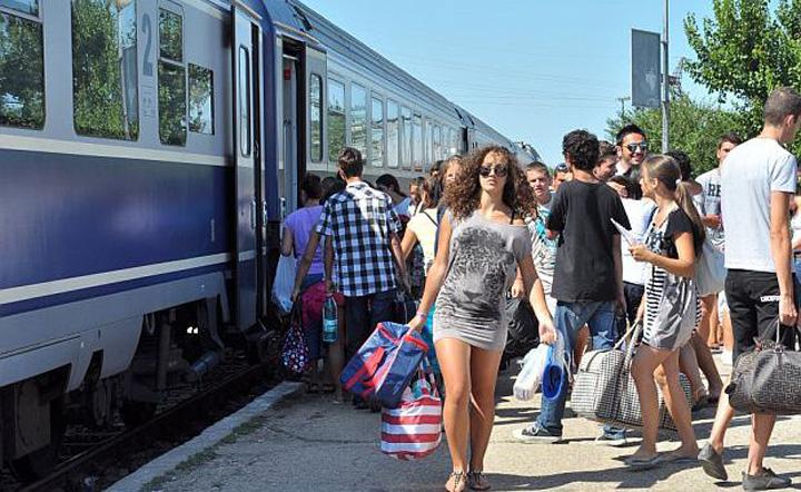 calatori tren 1a Studentii au calatorit de 11 milioane in primele 20 de zile de gratuitate
