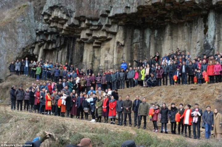 china Cea mai mare poza de familie: 500 de persoane