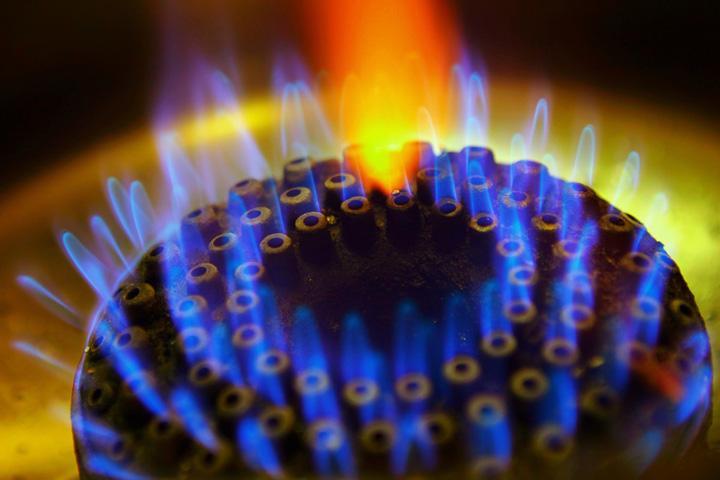gaze naturale getty Nu e gluma! De la 1 aprilie se scumpesc si gazele si curentul