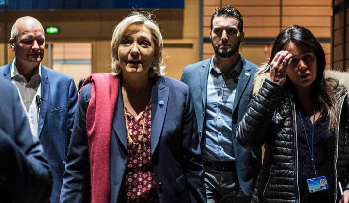 le pen Sefa de cabinet a lui Le Pen, inculpata