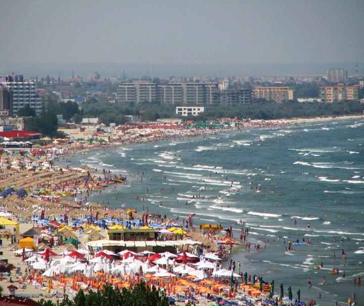 litoralul romanesc Suntem prea saraci ca sa ne facem concediile in Romania