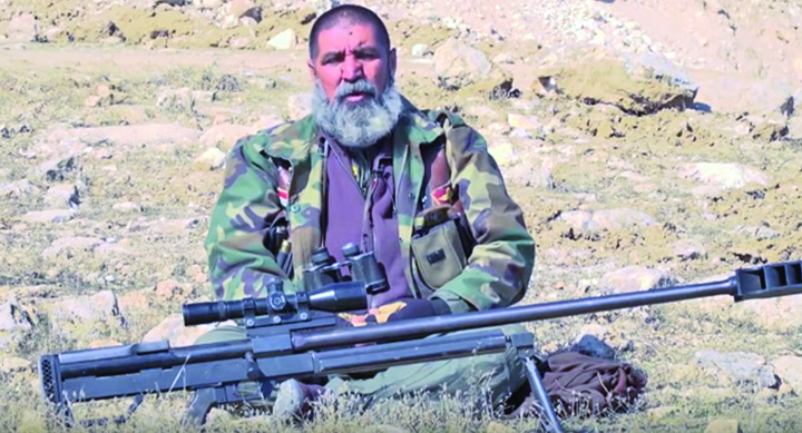 lunetist irakian 1 El este cosmarul ISIS din Irak