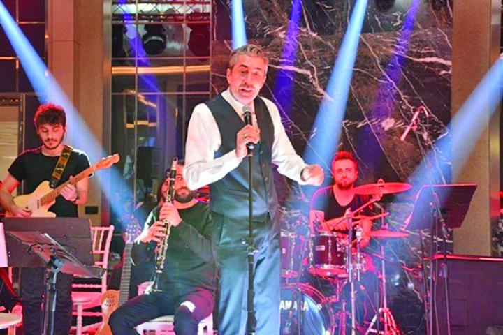 """media 148594262718915700 Seriosul """"Cihan"""", sufletul petrecerilor in Turcia"""