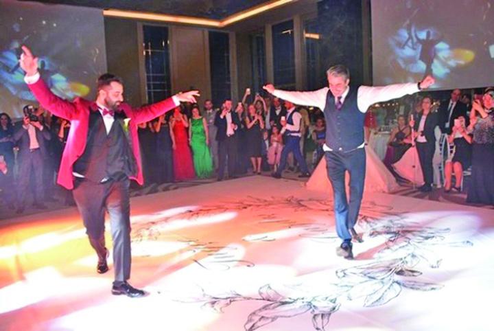 """media 148594263006249300 Seriosul """"Cihan"""", sufletul petrecerilor in Turcia"""