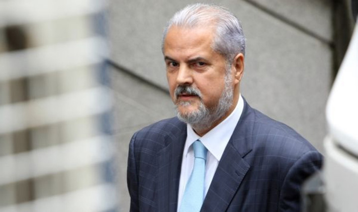 nastase Nastase: PSD a dat o in bara cu Justitia