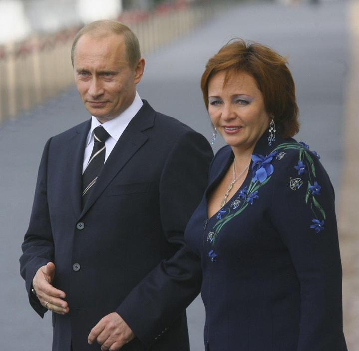 putin si fosta Iubita lui Putin iese la rampa cu un inel de nunta