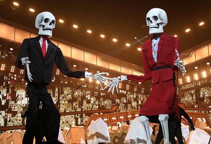 schelete6 BRIT AWARDS 2017, schelete   vedete si  betii fara margini