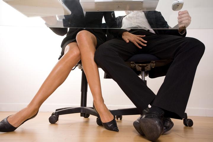 sex la birou Pauza de sex, in loc de pauza de masa