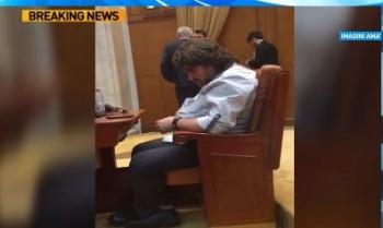 somnn 350x209 Userist vizitat de Mos Ene, in timpul dezbaterilor din Parlament. Explicatiile sale