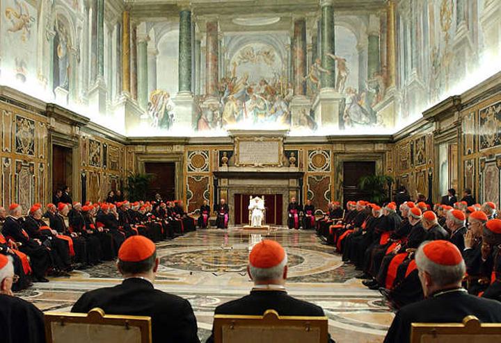 vatican Vaticanul a blocat 13 milioane de euro de origini dubioase
