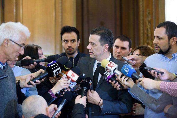 17021887 1141312485990672 5301546014787543680 n grindeanu 720x480 Grindeanu a discutat deja cu ministrul Justitiei, dupa decizia CCR. Ce au decis in prima faza!