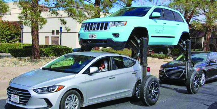 17555527 754867038012632 624754489 n Iata SUV ul care trece pe deasupra!