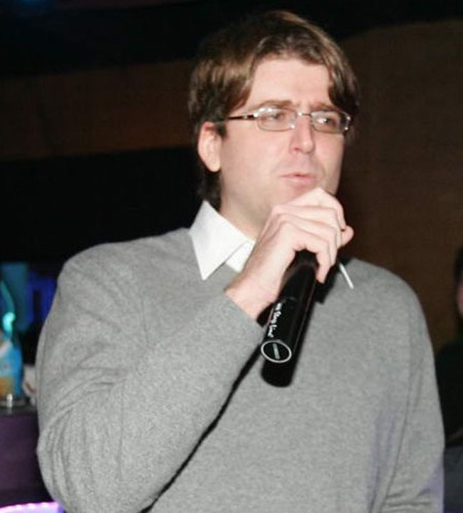 Alexander Adamescu Alexander Adamescu isi ia singur mostenirea de la tatal sau