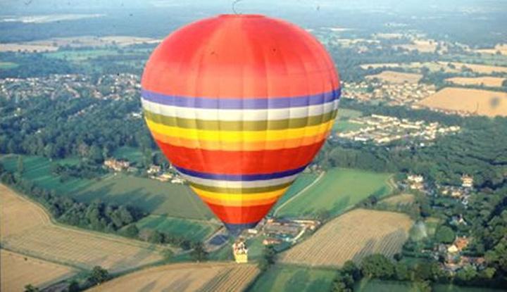 Balon 150 de euro/ora cu balonul pe langa Bucuresti
