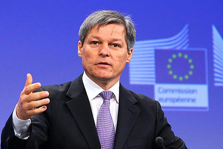 Dacian Ciolos Serviciile se leapada de UE pentru SUA!