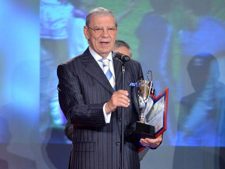 Emeric Ienei Cupa Campionilor Europeni HEPTA 1024x768 Lui Emeric Ienei nu ii vine sa creada ca are 80 de ani