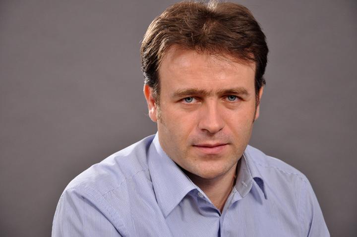 Felix Tataru poza PNL, bagat in penal de Felix Tataru