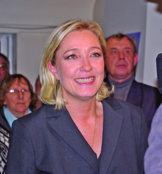Marine Le Pen ISIS a lasat o fara imunitate pe Marine Le Pen
