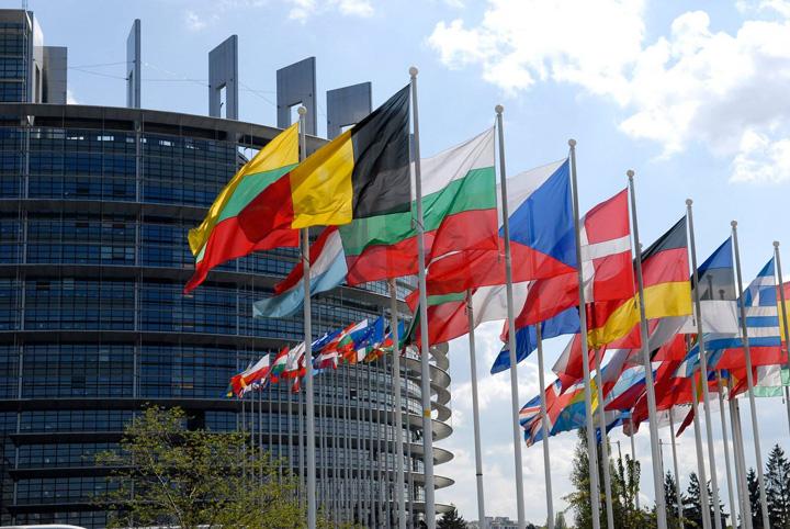 UE Salariul minim in UE prinde contur
