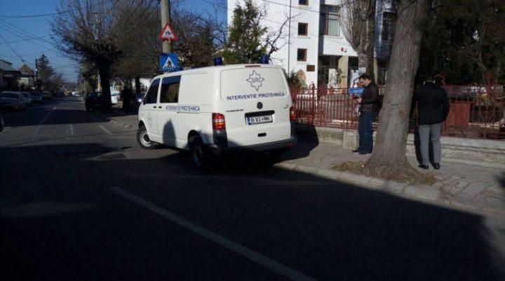 alerta 1 720x401 Doua licee din Targoviste, evacuate in urma unei amenintari