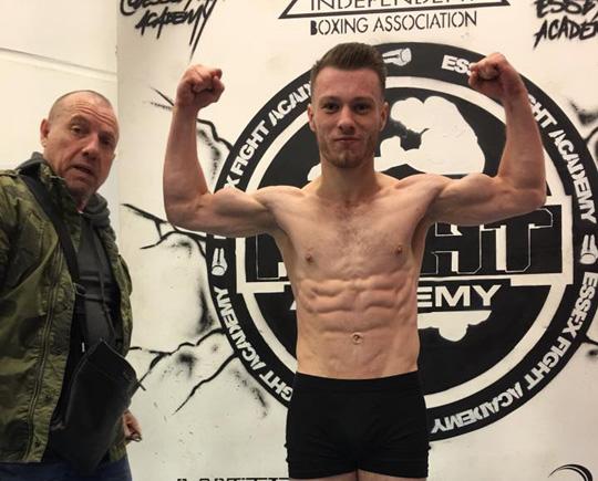 alex rus Boxerul Alex Rus, revansa in mai