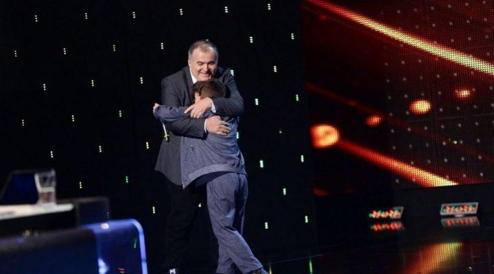 calinescu baiat romanii 720x400 Beatbox la Romanii au talent: Pustiul pe care Florin Calinescu l a trimis direct in semifinale!