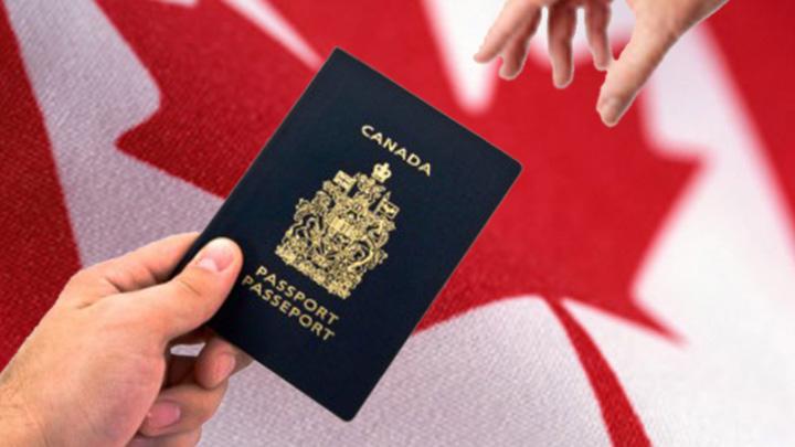 epese to sait tis upiresias metanasteusis tou kanada.w hr Cetatenii romani vor merge fara viza in Canada de la 1 decembrie!