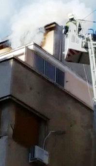 incendiu 1 Incendiu intr un bloc in centrul Capitalei