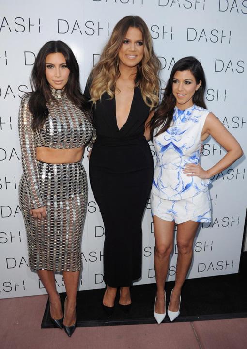 kim khloe kourtney kardashian Surorile Kardashian iau si 500.000 de dolari pentru o singura postare pe Instagram