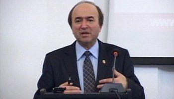 ministru just 350x200 Ministrul Toader, despre proteste: Nu cred ca sunt eu cel mai in masura sa fac o evaluare
