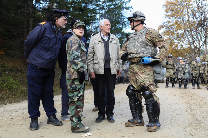 nato 2 NATO organizeaza casting pentru roluri de rusi