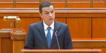 premier 1 Grindeanu, la Parlament: nu pot sa raspund la fumigene politice