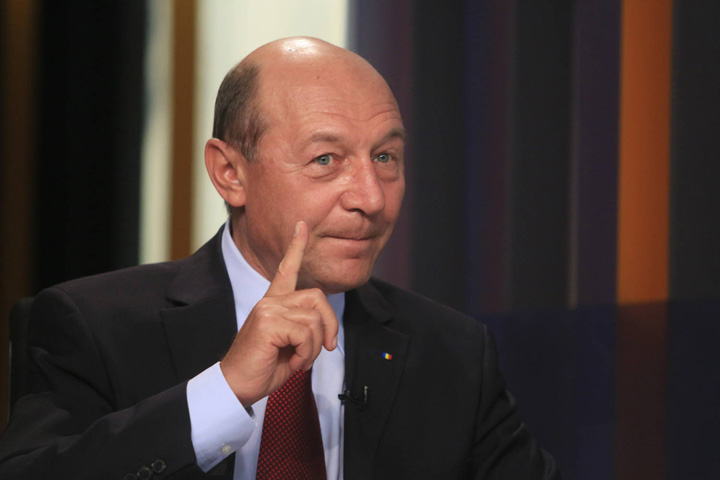 traian basescu Basescu, intre demiterea Codrutei Kovesi si condamnarea Elenei Udrea