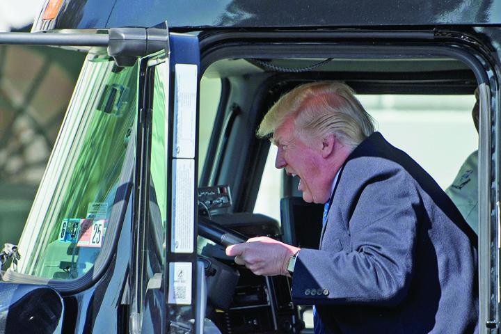 trump mare Trump, sofer de TIR