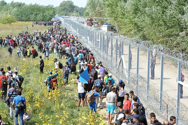 ungaria Ungaria ii baga la zdup pe emigranti