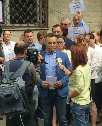 17457608 1537628022936315 7576492681638587942 n sindicate 403x500 Sindicalistii din Administratie anunta proteste dupa Pasti