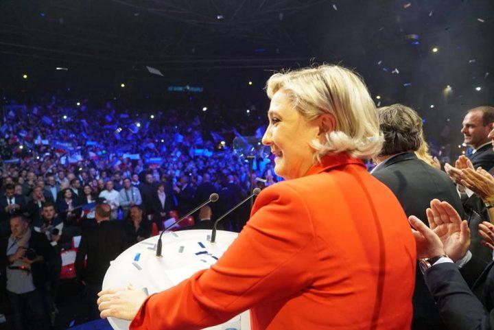 18010256 1718511278165189 9065499762079109723 n marine 720x481 Prezidentiale Franta. Emmanuel Macron si Marine Le Pen, in turul 2