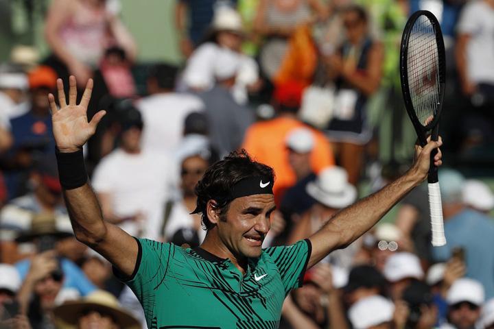 "20170330074934fa7f150b07acc2bdb735bcb900de439e ""Regele"" Federer, de neoprit!"